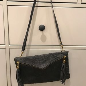 Genuine Leather snakeskin purse -perfect condition